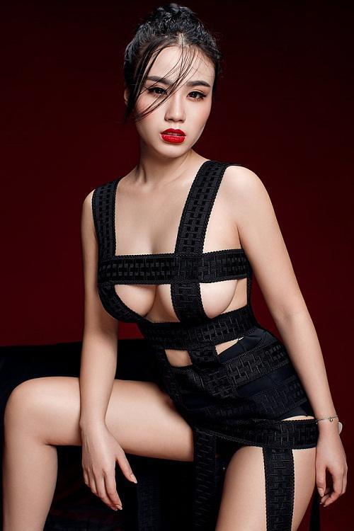 những bộ ngực phụ nữ đẹp nhất