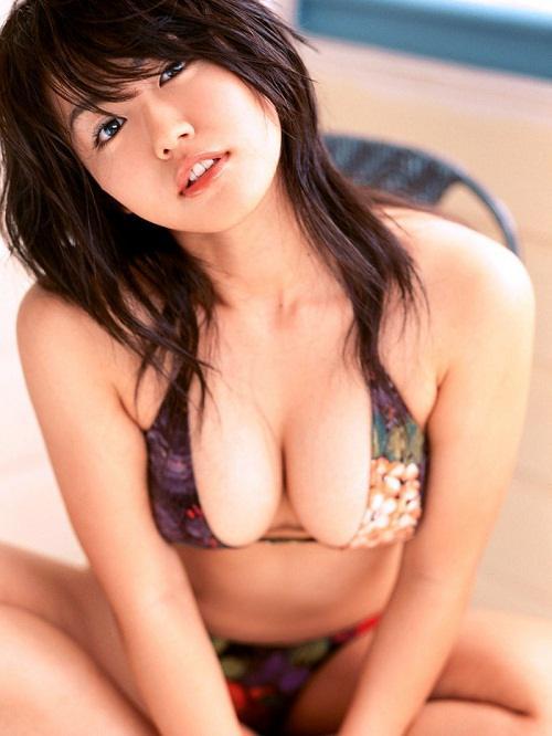 bộ ngực đẹp nhất thế giới