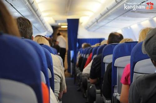 nâng ngực không được đi máy bay