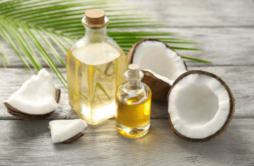 massage vòng 1 bằng dầu dừa