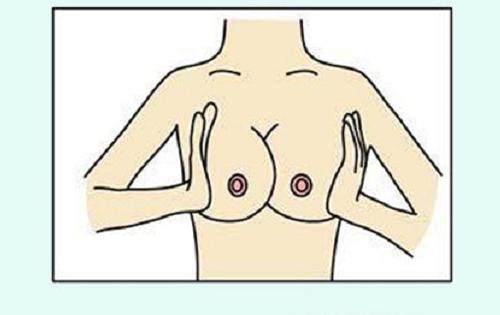 massage ngực trước khi hút sữa