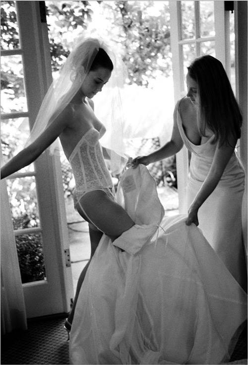 áo ngực độn mặc váy cưới
